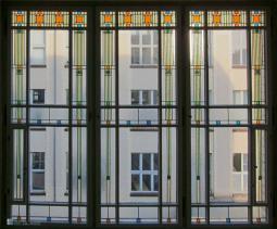 LLOYD Treppenhausfenter