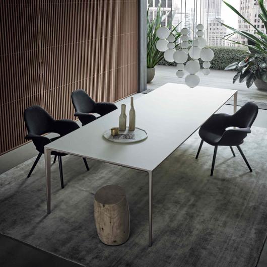 Bild-Eigentümer: Rimadesio SpA, Long Island Tisch im Büro, italienisches Design by Giuseppe Bavuso