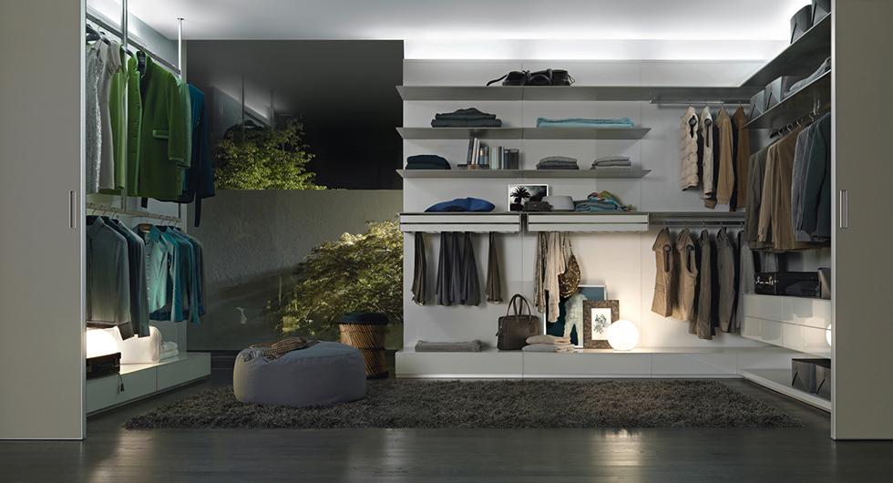 Abacus - Ankleidesystem - Schranksystem von Rimadesio. Beratung im Showroom in Berlin vom qualifizierten Fachhändler. Aufmaß, Lieferung und Montage