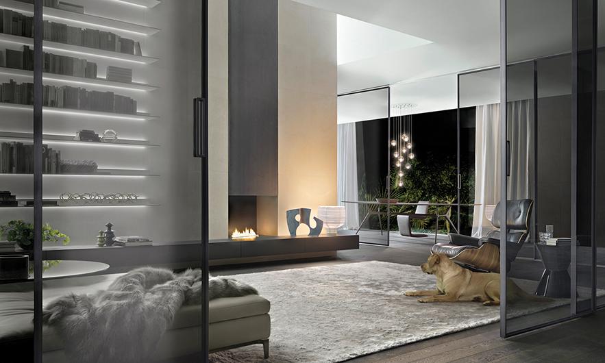 Exklusives Designer Regalsystem Eos von Rimadesio aus lackiertem Glas und Aluminiumrahmen. Mit integriertem Beleuchtungssystem - Einrichtungsbeispiel.