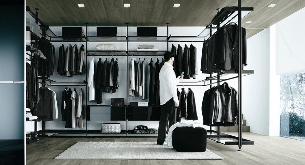 Zenit Kleiderschränke, Ankleidesysteme von Rimadesio. Die begehbaren Ankleiden und Schranksysteme können individuell gestaltet werden.