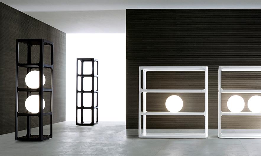 Sixty - exklusives Regalsystem von Rimadesio. Regal Sixty - italienisches Design und eine subtile Referenz an die sechziger Jahre.