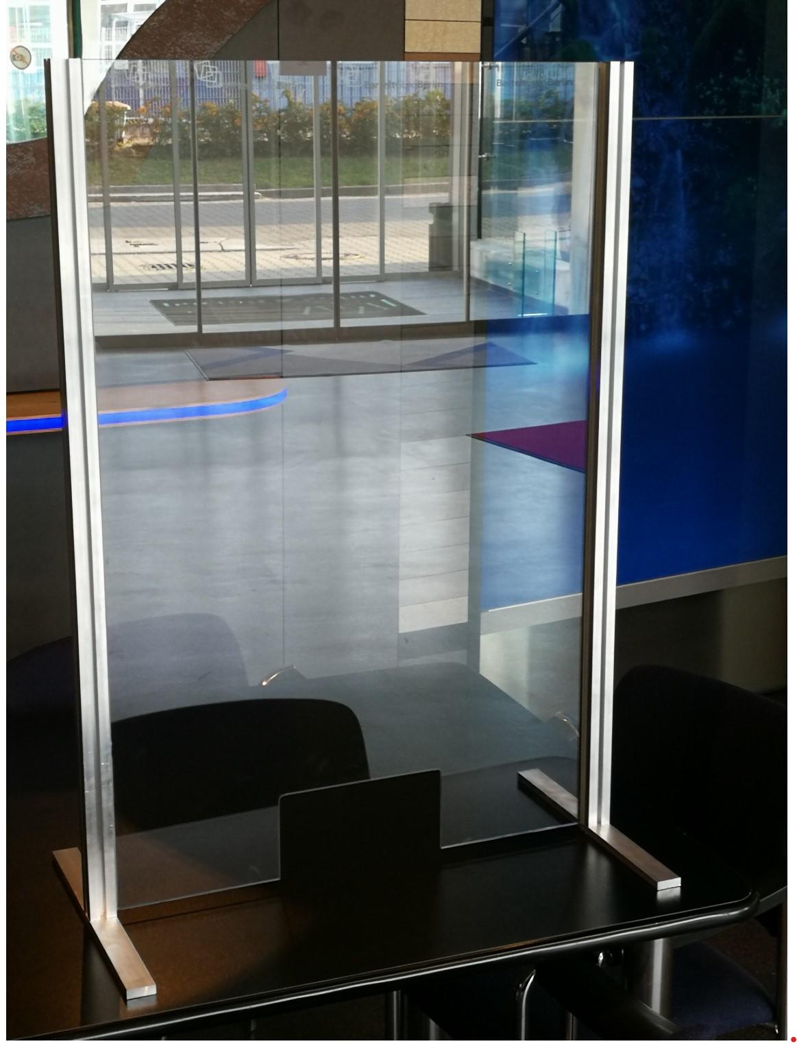Tresenaufsatz aus Glas