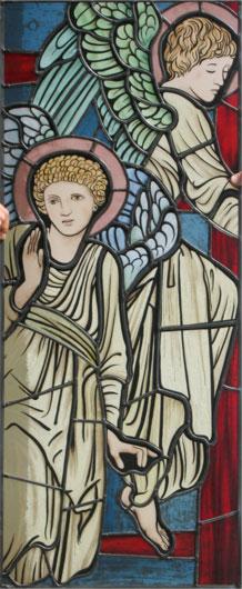 Hochwertige Glasmalerei auf Echtantikglas, Motiv Engel um 1900, zwei Engel im modern interpretiertem präraffaelitischen Stil, inspiriert von Edward Burne-Jones
