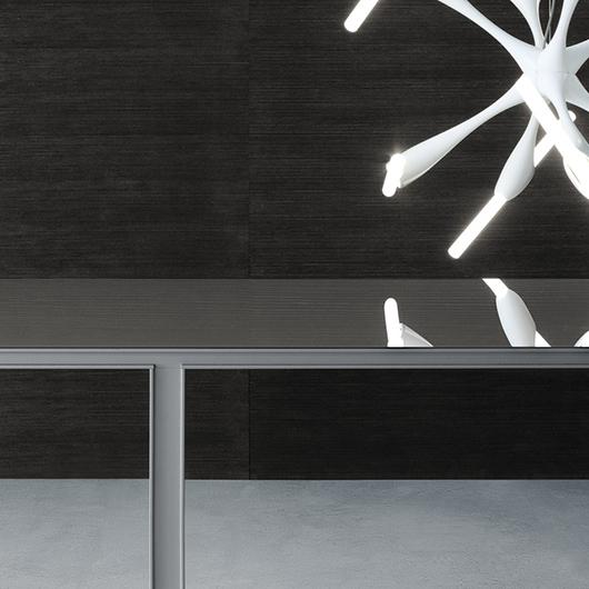 Tabula Tisch von Rimadesio - exklusiver Stil. Designer-Tisch - vollkommen demontierbar ohne sichtbare Schrauben.