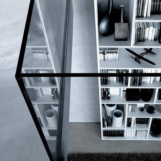 Modulares Regalsystem Opus von Rimadesio mit der freien Kombination von Quadraten und Rechtecken als Systemelemente z. B. Opus als Bücherregal
