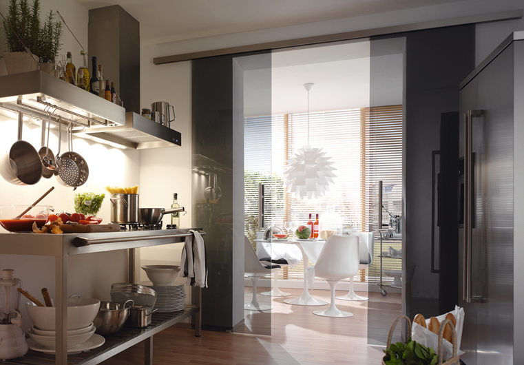 glasschiebet ren individuell geplant mit montage berlin glas. Black Bedroom Furniture Sets. Home Design Ideas