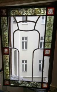 Rekonstruktion von Glasmalerei,  Treppenhausfenster im Stil der Gründerzeit